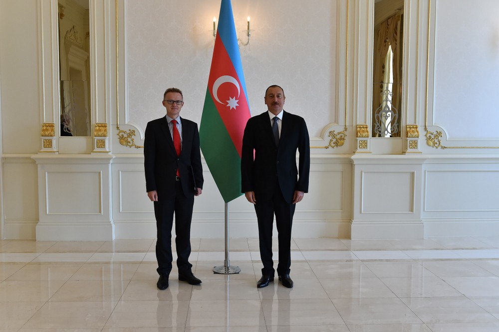 Ilham Aliyev notes importance of continuing Azerbaijan-Germany political dialogue, based on mutual trust (PHOTO)