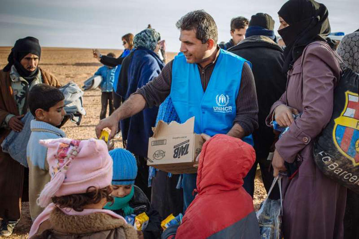Ümumdünya Humanitar Yardım Günü: qeyd etmə və düşünmə günü (FOTO)