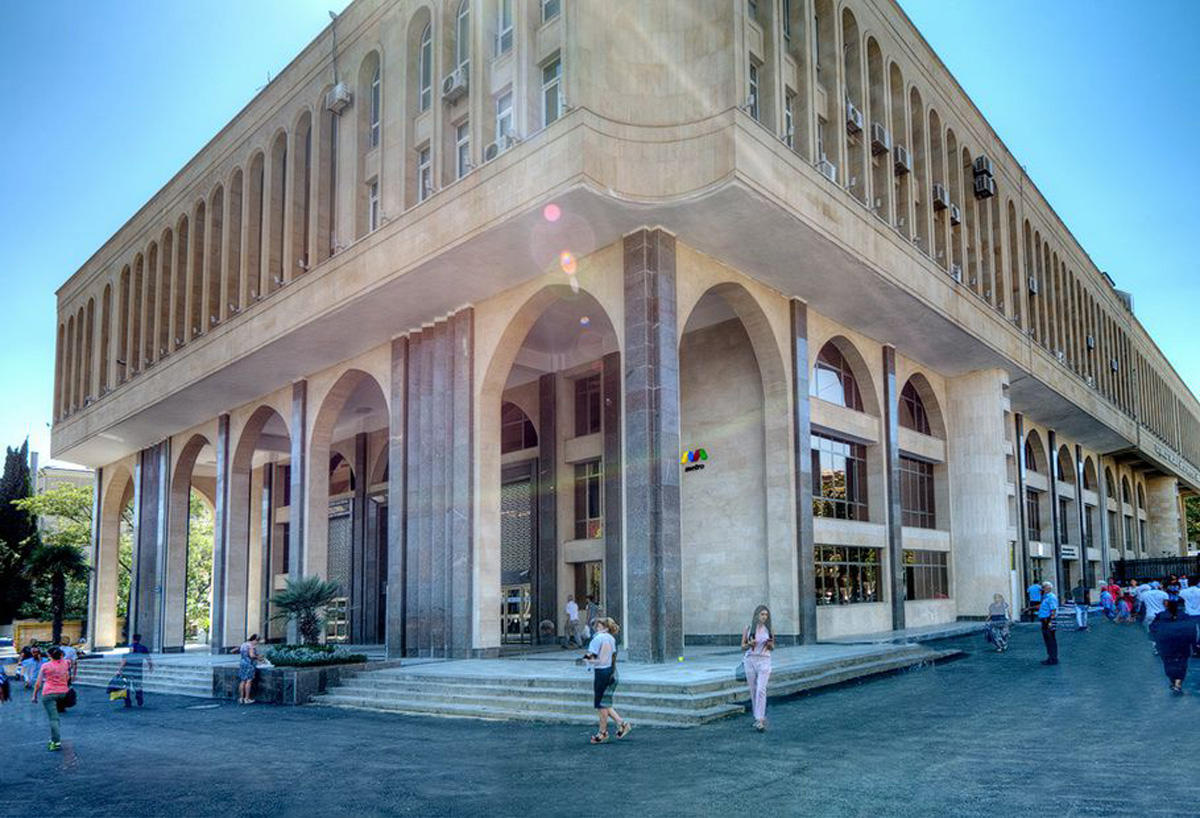 """""""Elmlər Akademiyası"""" stansiyasının əsas vestibülü istifadəyə verildi (FOTO)"""