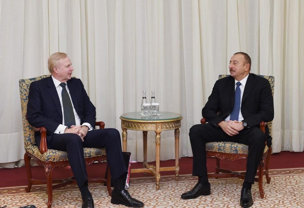 Cumhurbaşkanı Aliyev İstanbul'da BP CEO'su ile biraraya geldi
