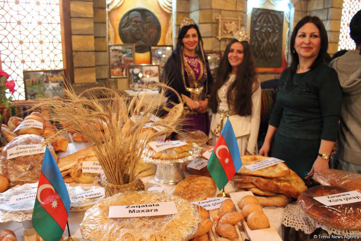 Самый вкусный хлеб в Азербайджане - аромат, вкус, запах и хрустящая корочка (ФОТО)