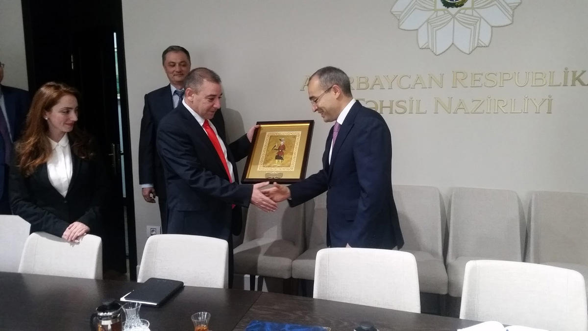 Israel startups guru shares his secrets in Azerbaijan (PHOTO)