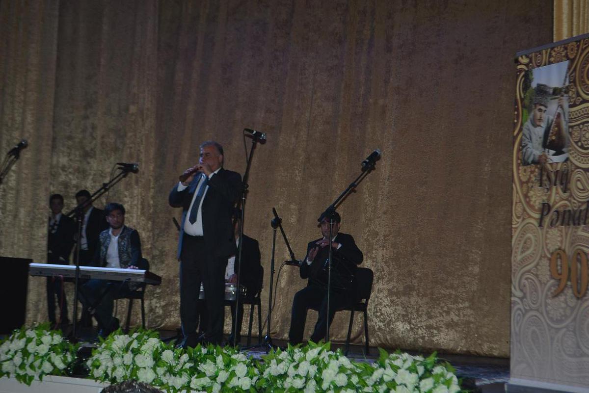 Aşıq Pənahın 90 illik yubileyi ilə bağlı konsert keçirilib  (FOTO)