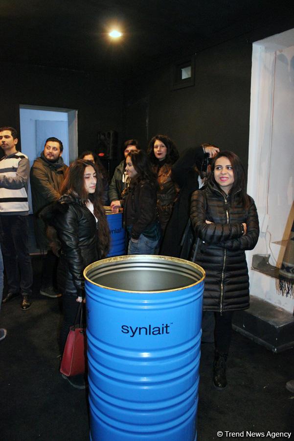"""ARTIM Layihə Məkanında """"Bu necə bir hissdir?"""" qrup sərgisi açılıb (FOTO)"""