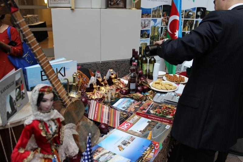Vaşinqtonda Azərbaycanın zəngin mədəniyyəti təqdim edilib (FOTO)