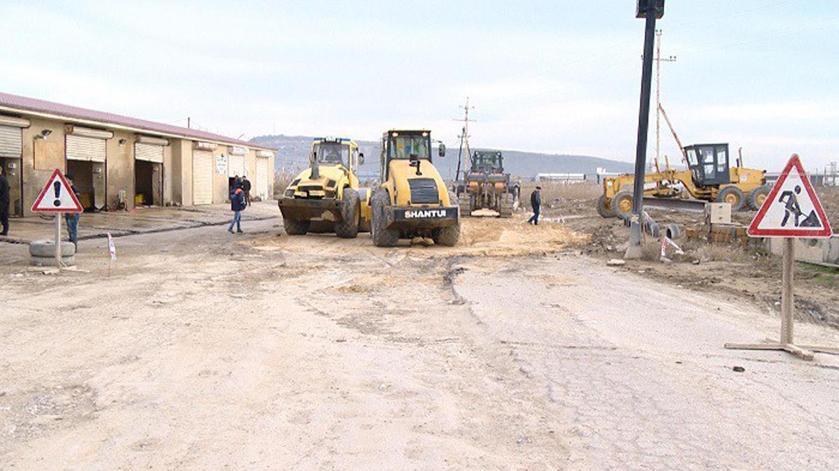 Lökbatan-Qobu avtomobil yolu yenidən qurulur (VİDEO/FOTO)