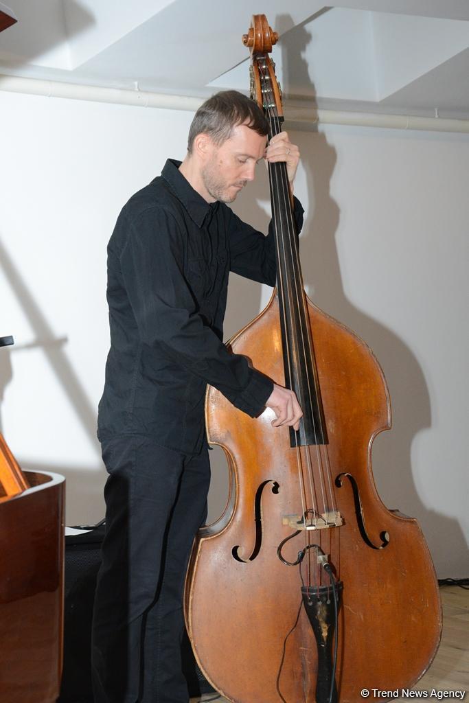 Чарующая атмосфера джаза: известные польские музыканты выступили в Баку (ФОТО)