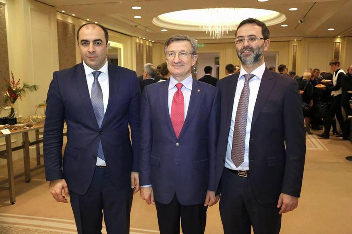 Kiyevdə Dünya Azərbaycanlılarının Həmrəylik Günü qeyd edilib  (FOTO)