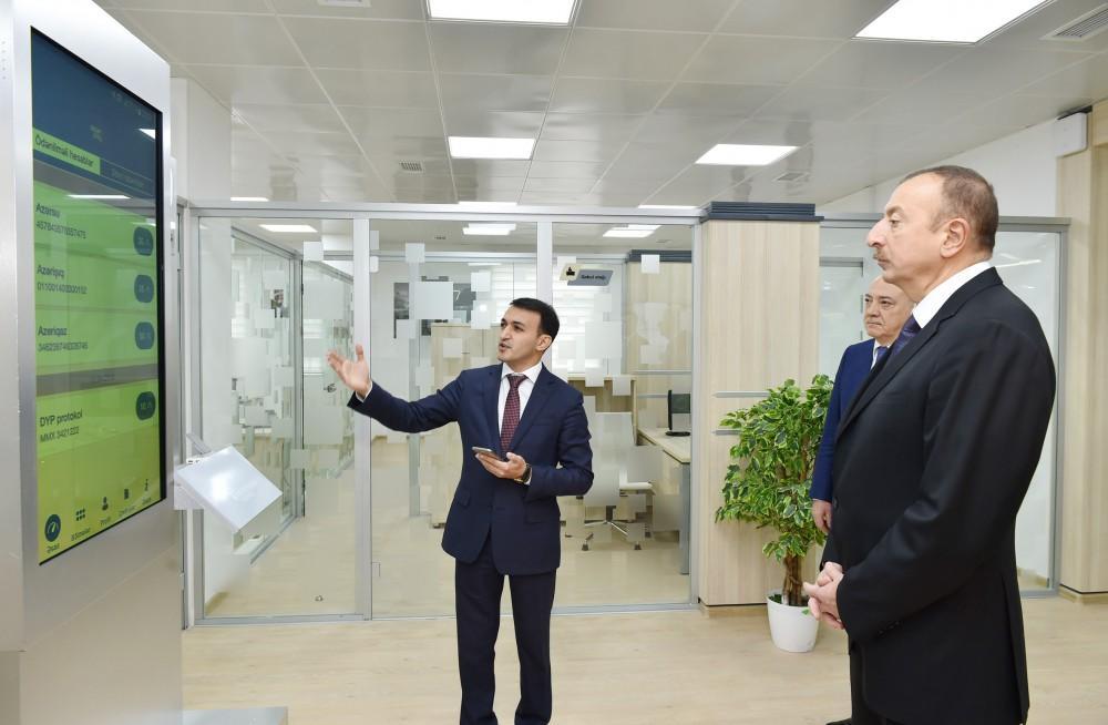 """Prezident İlham Əliyev 1 saylı """"ASAN kommunal"""" Mərkəzinin açılışında iştirak edib (FOTO) (YENİLƏNİB-2)"""
