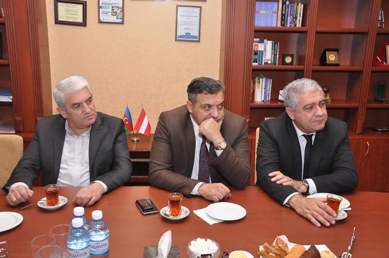 ADU-da İctimai Nəzarət Şurası yaradılıb (FOTO)