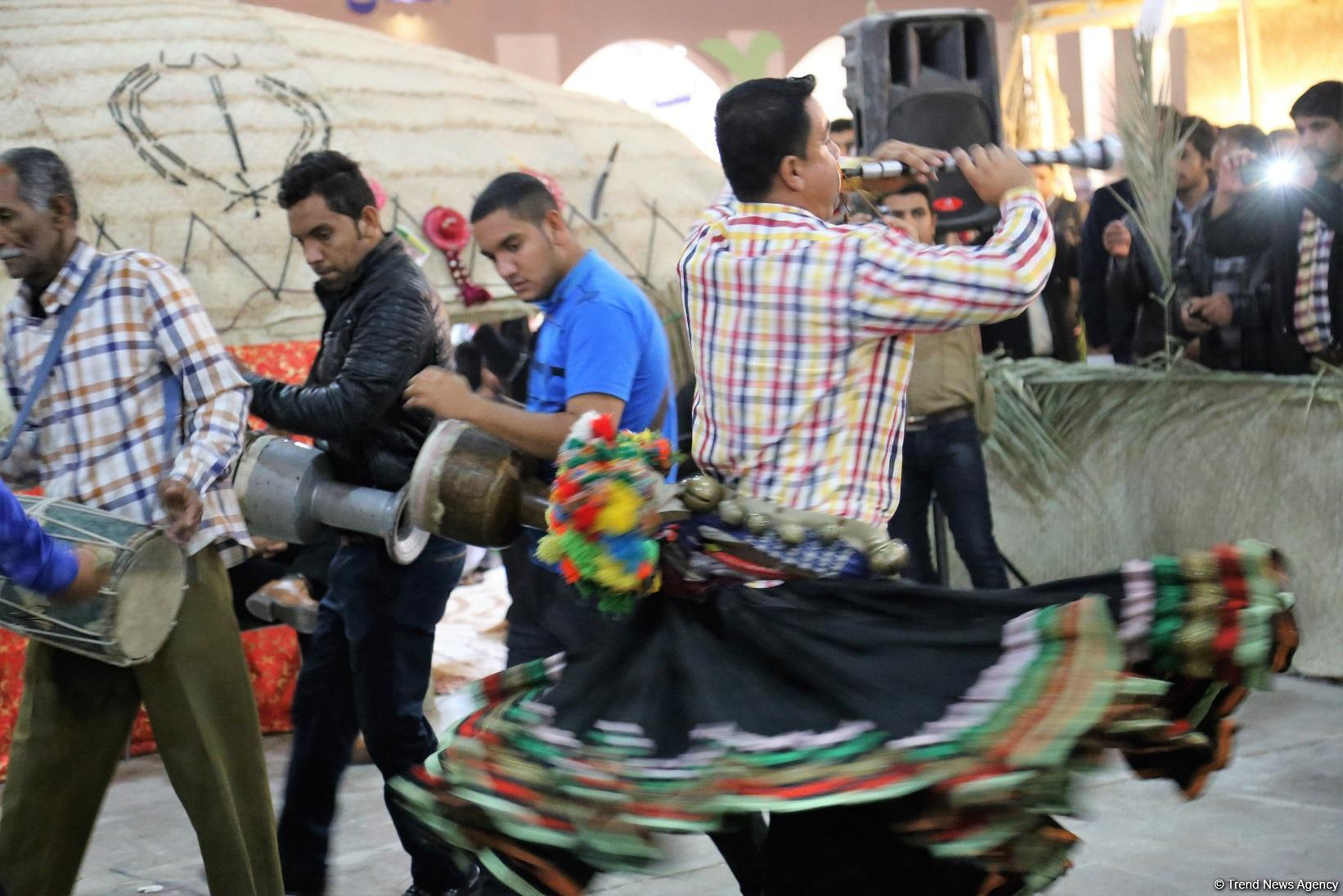 Iran's nomadic tribes dance to unity (PHOTO)