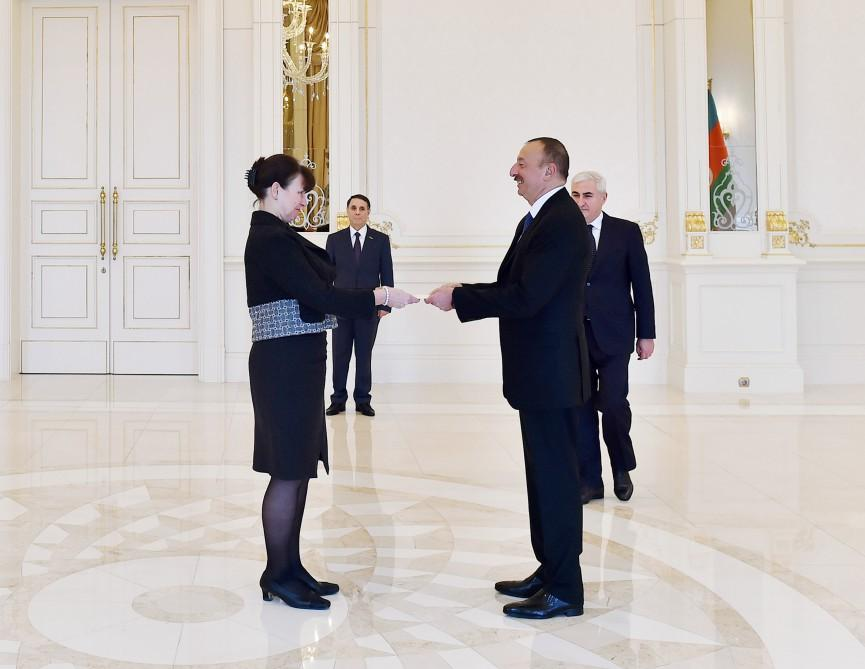 Ilham Aliyev receives credentials of incoming ambassadors (PHOTO)