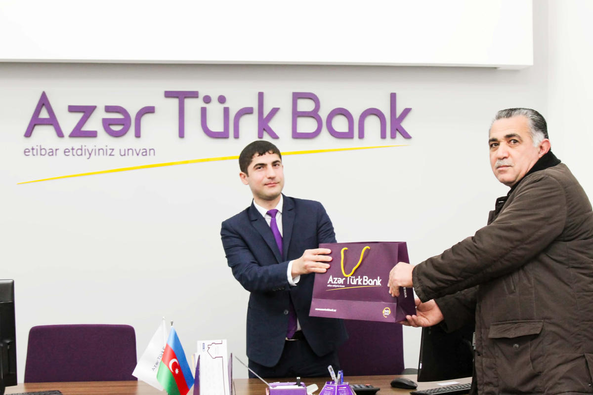 Azər Türk Bank müştərilərinə təşəkkür edib (FOTO)