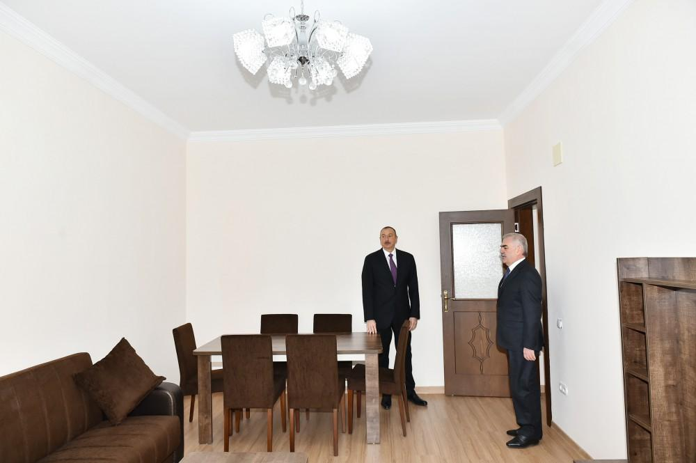 Naxçıvanda Fövqəladə Hallar Nazirliyinin zabit və gizirləri üçün inşa edilmiş yaşayış binası istifadəyə verilib  (FOTO)