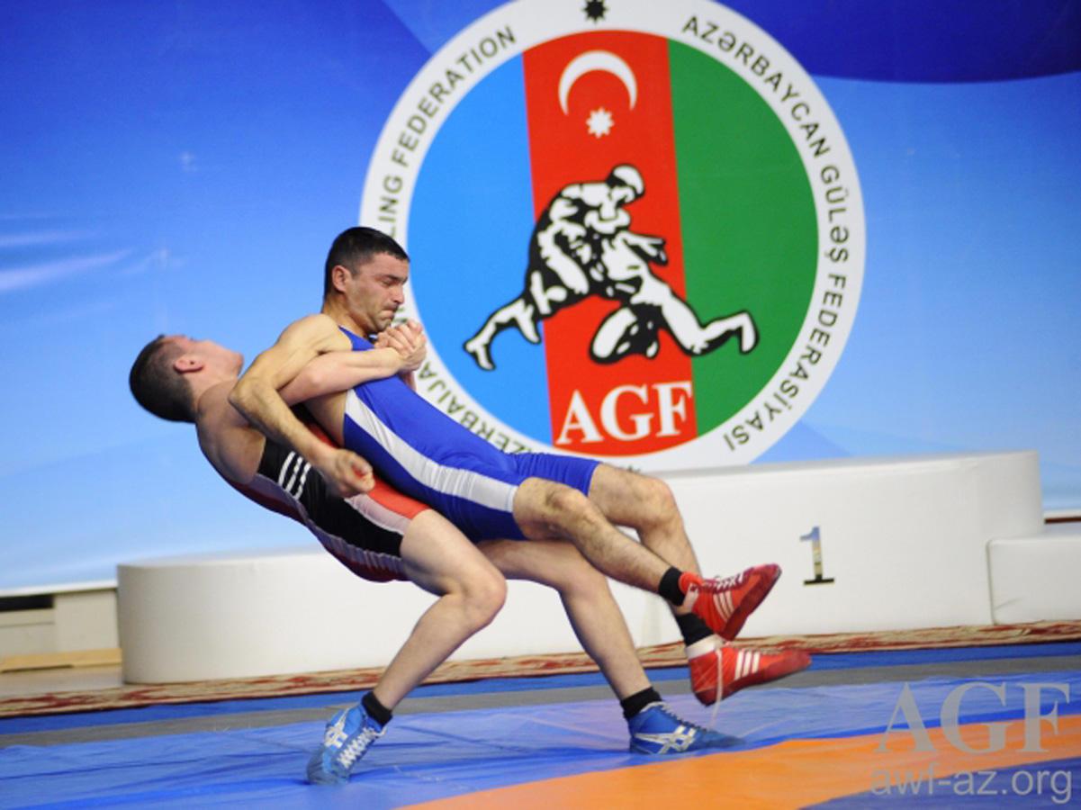 Güləş çempionatının ikinci günü: Finalçılar müəyyənləşdi (FOTO)