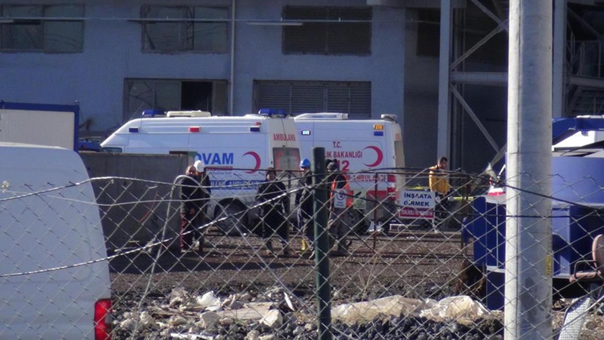 Türkiyədə partlayış: 1 ölü, 15 yaralı (FOTO/VİDEO)