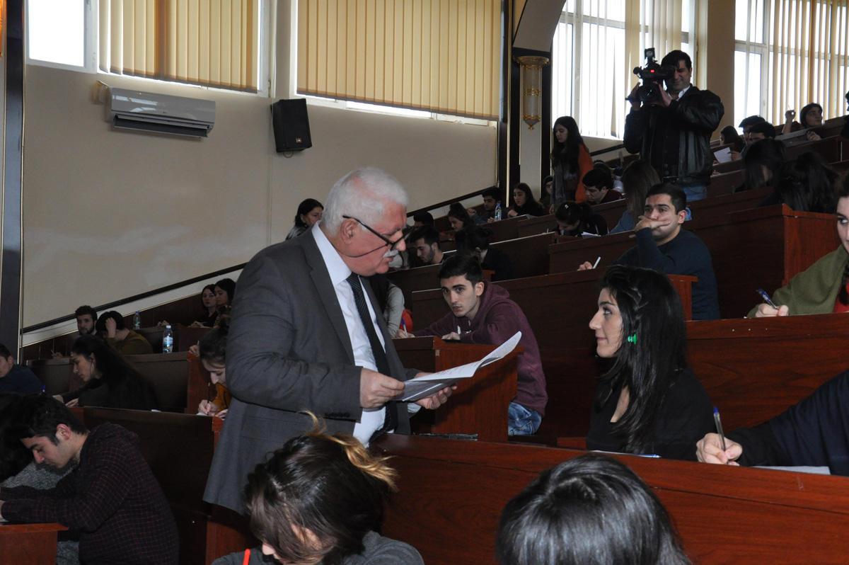 İctimaiyyət nümayəndələri, təhsil ekspertləri BDU-da  imtahan sessiyasının gedişini izləyiblər (FOTO)