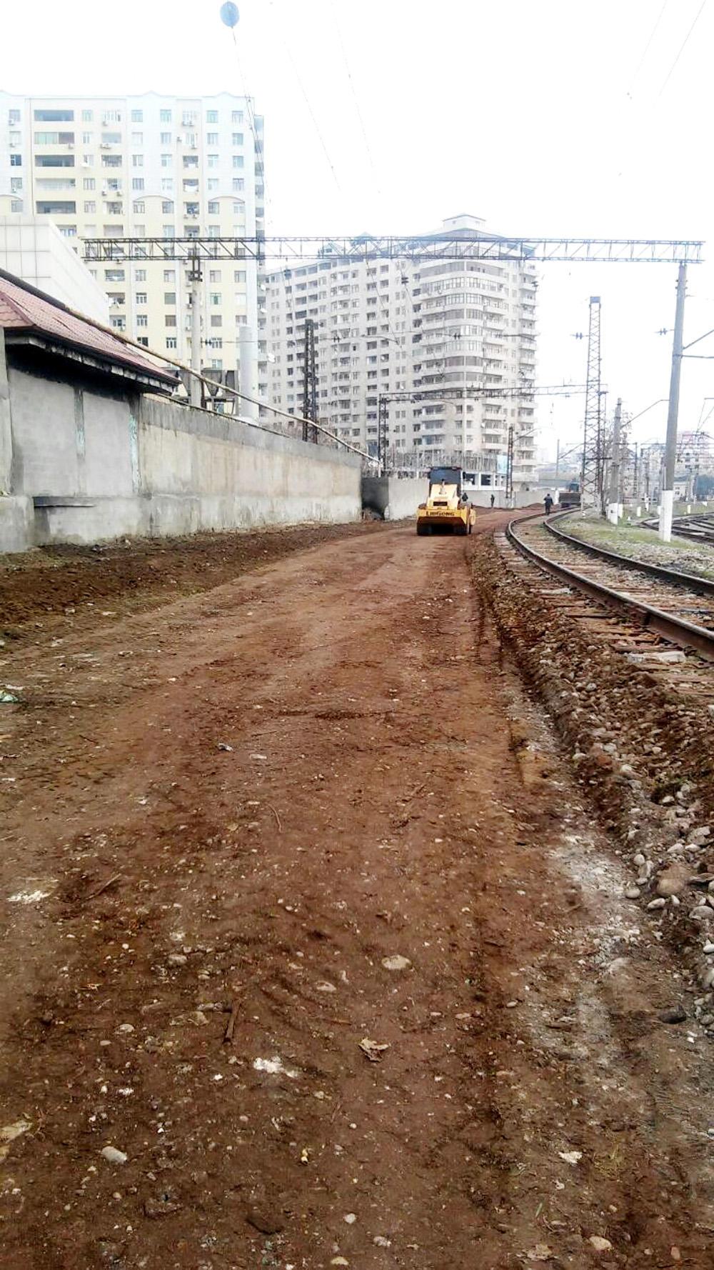 Bakı-Zabrat-Sumqayıt dəmir yolunun əsaslı təmiri davam edir (FOTO)