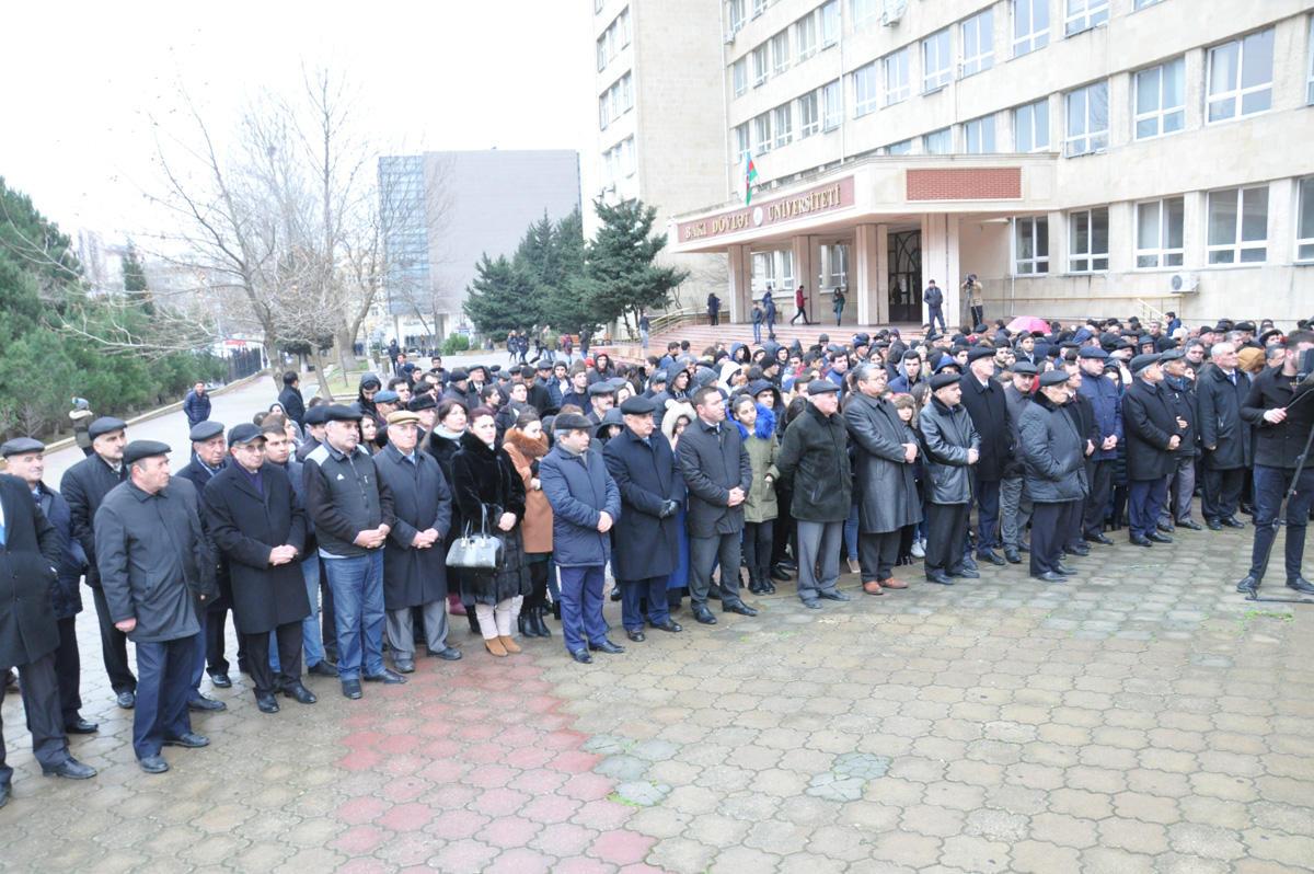 Bakı Dövlət Universitetində 20 Yanvar şəhidləri anılıb  (FOTO)