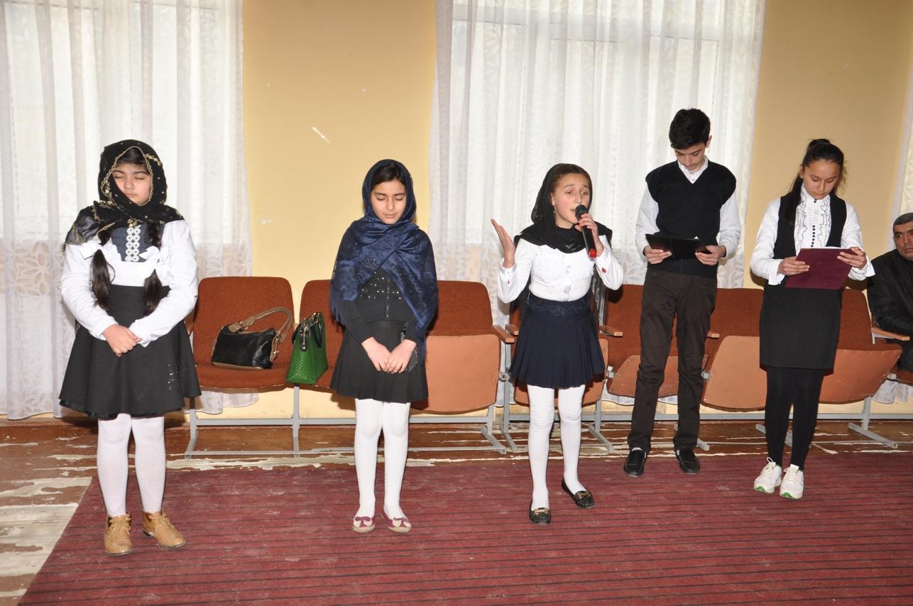 Millət vəkili gəncləri 20 Yanvar hadisələrini unutmamağa çağırıb (FOTO)