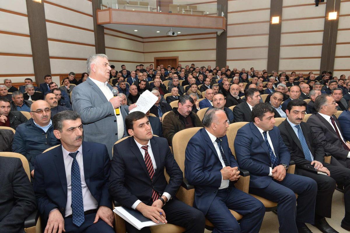 Siz daha çox qazanın, Azərbaycan daha sürətlə inkişaf etsin  (FOTO)