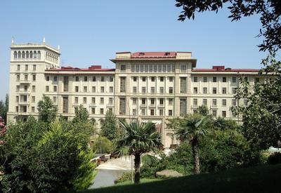 Гражданам Азербайджана с невысокими доходами станут доступны бесплатные услуги по медиации