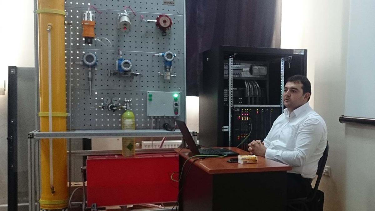 """BANM-də """"Schneider Electric"""" tədris mərkəzi qurulub (FOTO)"""