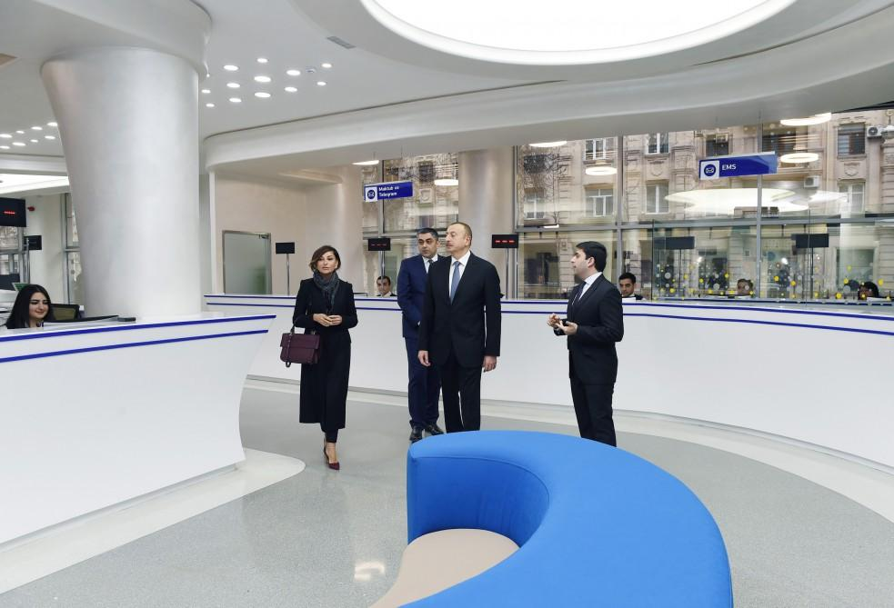 Ilham Aliyev, his spouse attend opening of new service center at branch of Post Office No.1 in Baku  (PHOTO)