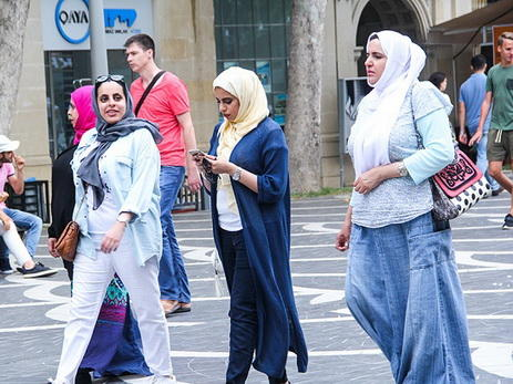С начала года в Азербайджан приехало свыше 1 млн туристов