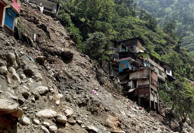 Floods, landslides in northern Vietnam kill 7, leave 12 missing