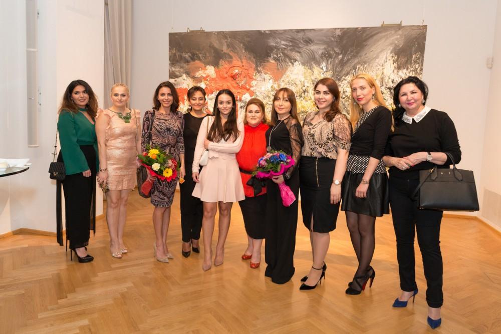 В Вене открылась персональная выставка «Landscaped» талантливой азербайджанской художницы Аиды Махмудовой (ФОТО)