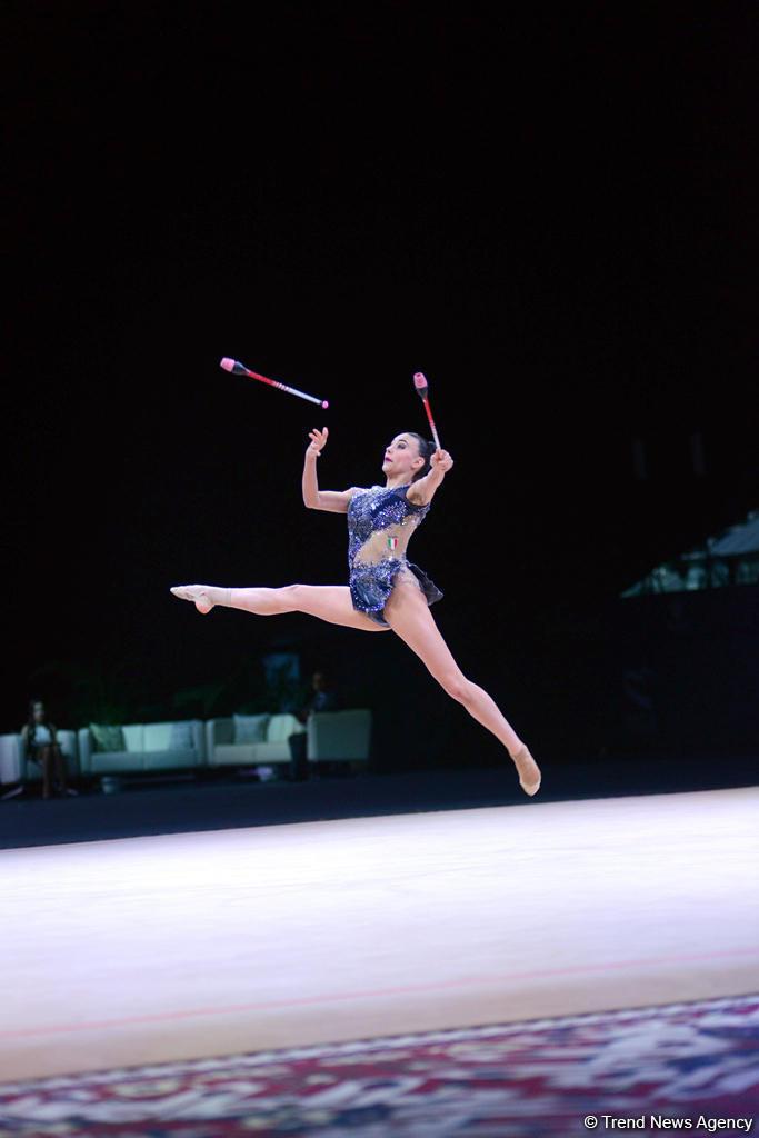 Лучшие моменты второго дня соревнований Кубка мира по художественной гимнастике (ФОТО)