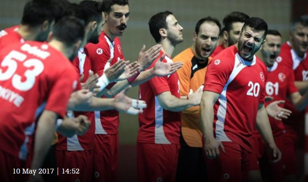 4. İslami Dayanışma Oyunları'nda Türk hentbol takımından sevindirici haber (Fotoğraf)