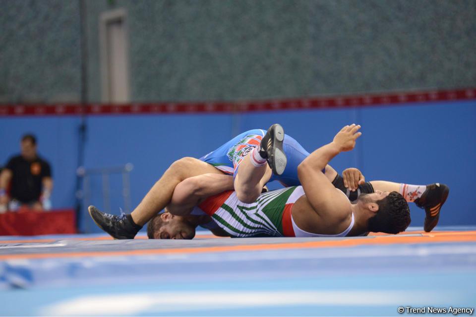 Güləşçilərimiz Dağıstanda  iki medal qazanıblar