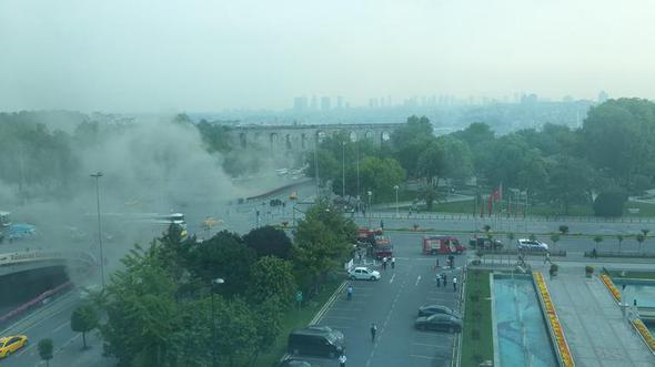 İstanbulda bazarda güclü yanğın: yollar bağlandı (FOTO/VİDEO)