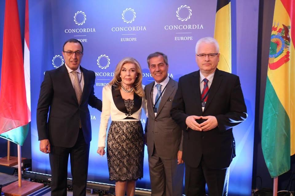 Nizami Gəncəvi Beynəlxalq Mərkəzinin dəstəyi ilə Afinada beynəlxalq sammit keçirilir (FOTO)