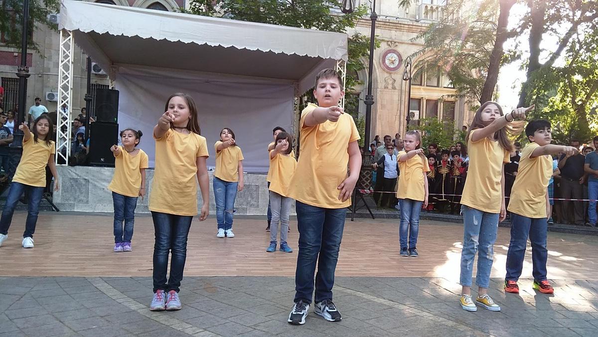 """Bakıda """"Save The Children's World"""" Beynəlxalq incəsənət festivalı keçirilib (FOTO)"""