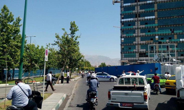 İran parlamentində atışma: 7 ölü, 8 yaralı (YENİLƏNİB-5) (VİDEO/FOTO)