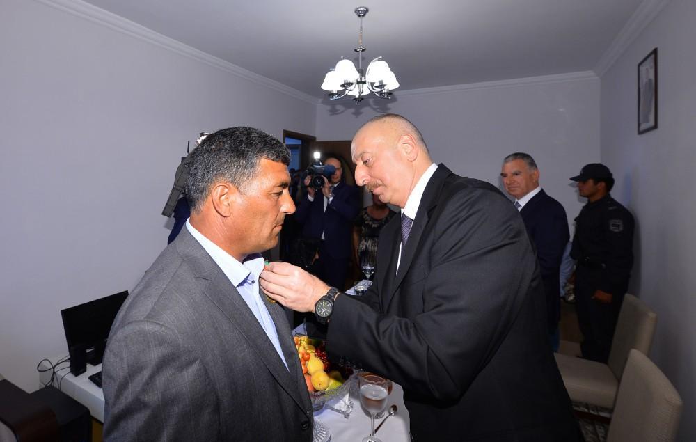 Prezident İlham Əliyev: Gün gələcək, Azərbaycan bayrağı Şuşada da qaldırılacaq (FOTO)