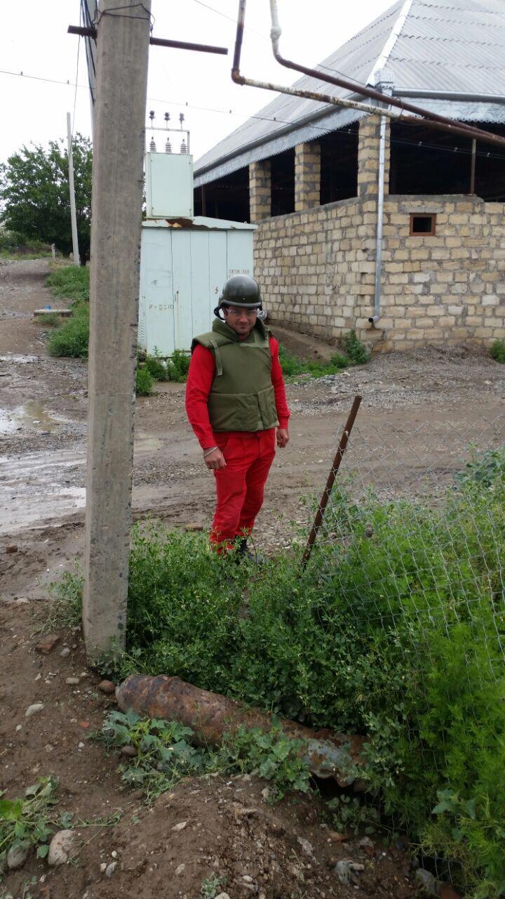 Gəncədə aviabomba tapılıb (FOTO)