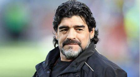 Maradona istefa verdi