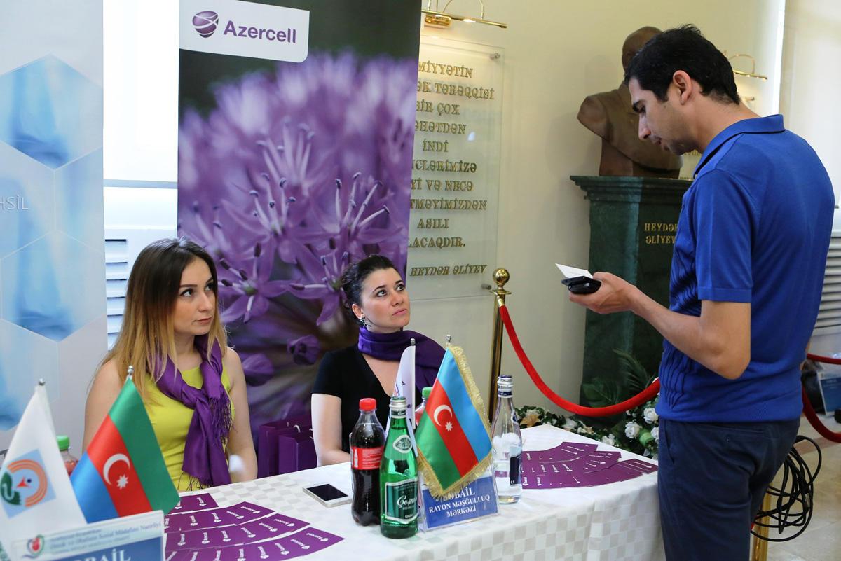 Azercell joins Career Fair (PHOTO)