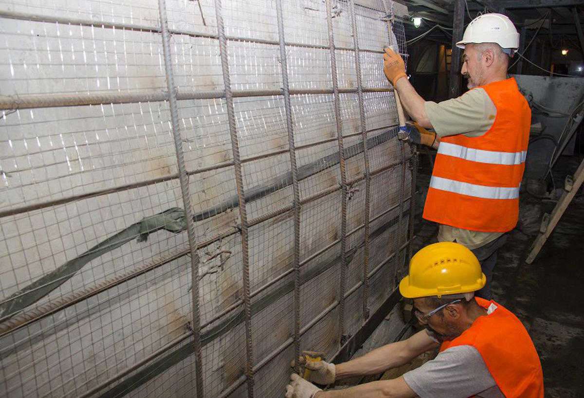 """""""Nizami"""" metro stansiyasında təmir işlərinin ilk mərhələsi başa çatıb (FOTO)"""