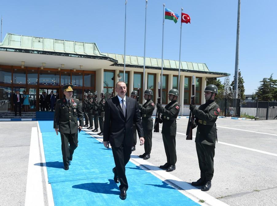 President Ilham Aliyev completes Turkey visit (PHOTO)