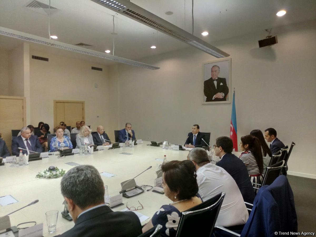 Azerbaijan establishing association of textile producers and exporters (PHOTO)