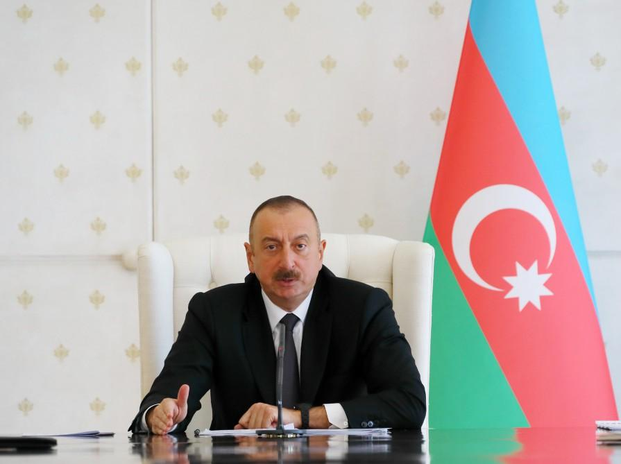 Ilham Aliyev chairs Cabinet meeting on 1H17 results, future objectives (PHOTO)