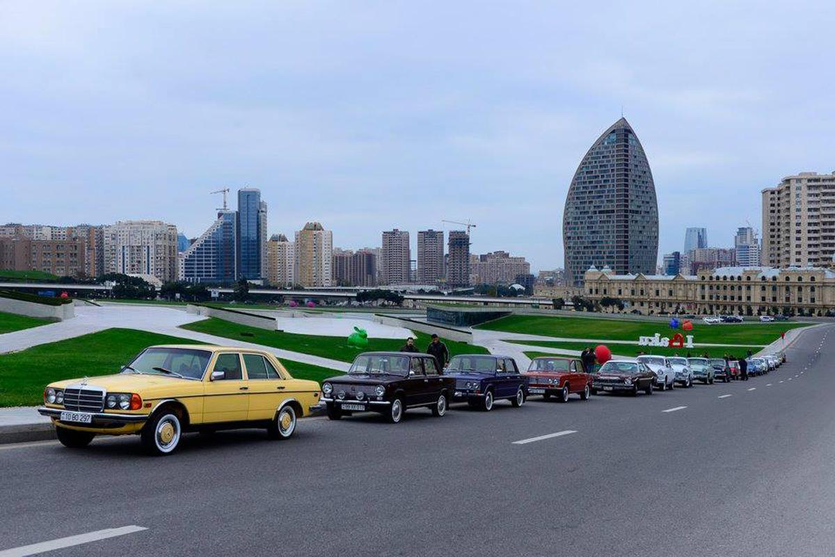 Bakıda klassik avtomobillərin yürüşü olacaq (FOTO)