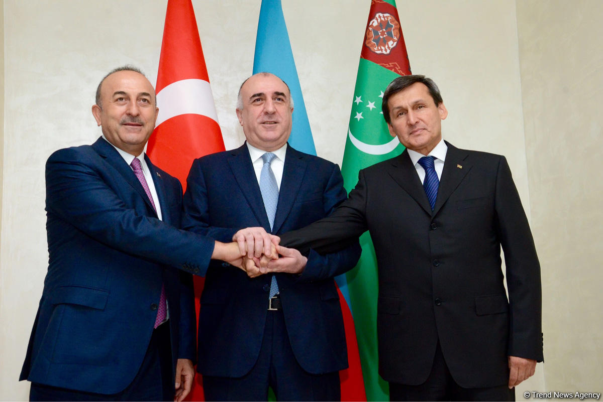 Azerbaijani, Turkmen, Turkish FMs mull preparation for summit of presidents (PHOTO)