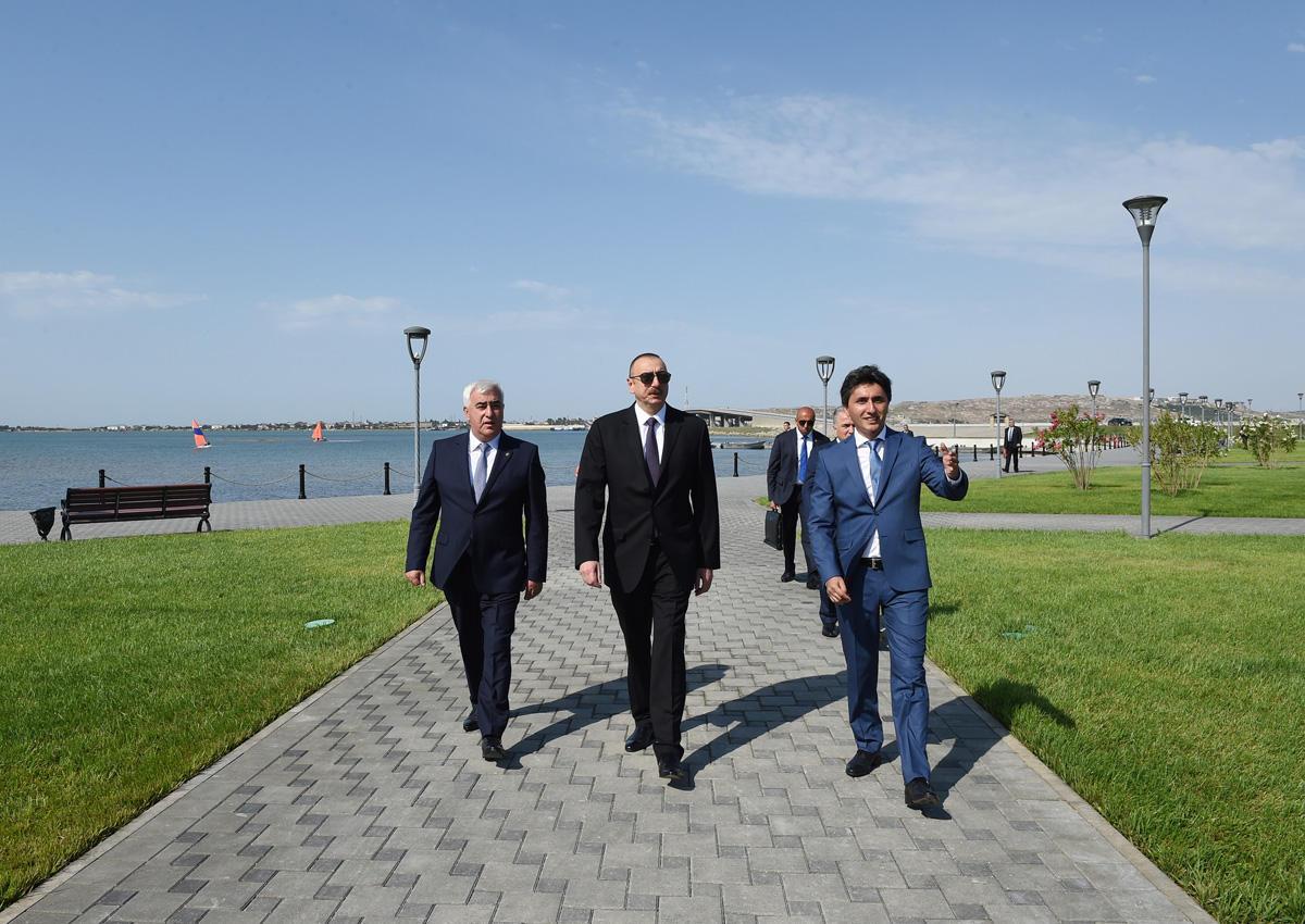 Ilham Aliyev views Narakand complex in Pirallahi district of Baku (PHOTO)