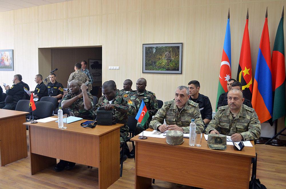 "Azerbaijani tank crew members attend draw for ""Tank biathlon"" contest (PHOTO)"